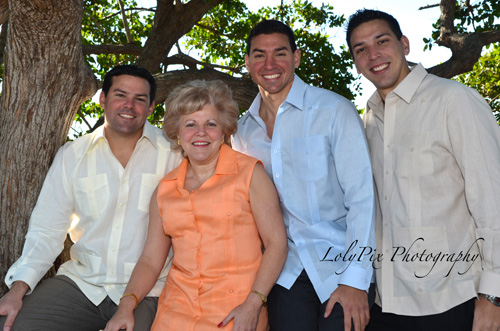 20121222_Gomez-Family-Portraits-12-22-12_6380-copy