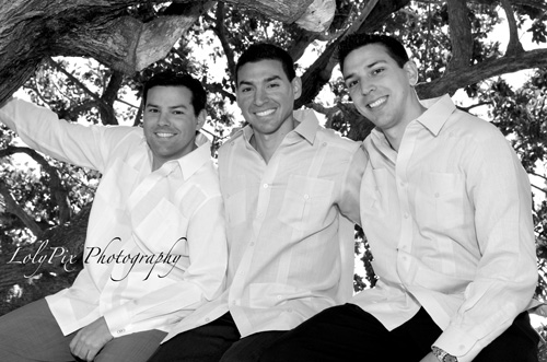 20121222_Gomez-Family-Portraits-12-22-12_6398-copy1