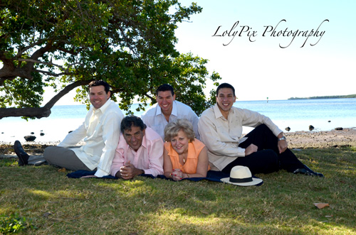 20121222_Gomez-Family-Portraits-12-22-12_6417-copy