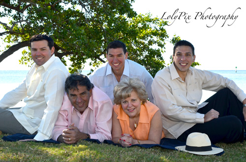 20121222_Gomez-Family-Portraits-12-22-12_6420-copy