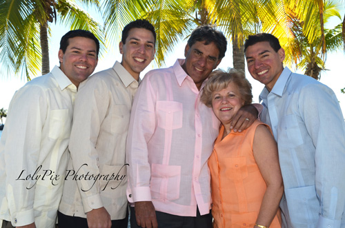 20121222_Gomez-Family-Portraits-12-22-12_6518-copy